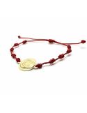 Pulsera oro medalla y macrame rojo